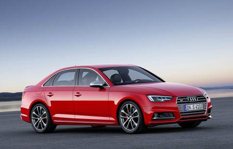 Audi S4 -