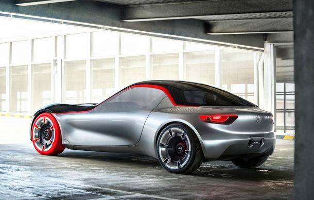 """Se transformă noul Opel GT Concept în model de serie? Opel răspunde: """"E complicat, e un segment de nișă care scade"""" - Poza 2"""