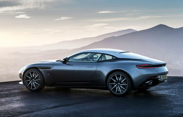 UPDATE FOTO, INFO: God Save the Queen! Noul Aston Martin DB11 readuce marca britanică în zona sportivelor senzuale - Poza 2