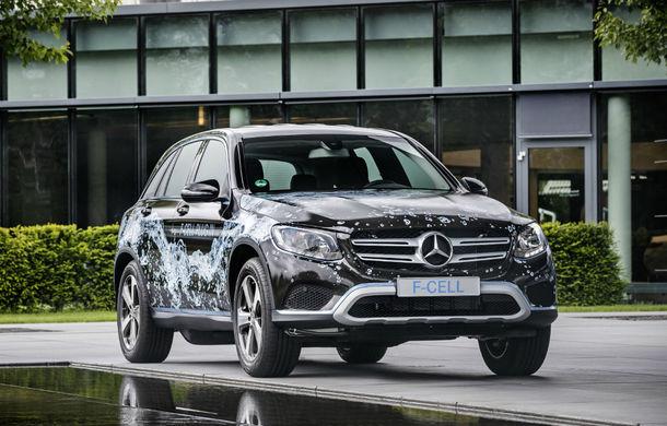 Mercedes GLC F-Cell: primul hibrid din lume alimentat cu hidrogen care are și baterie cu încărcare la priză - Poza 2