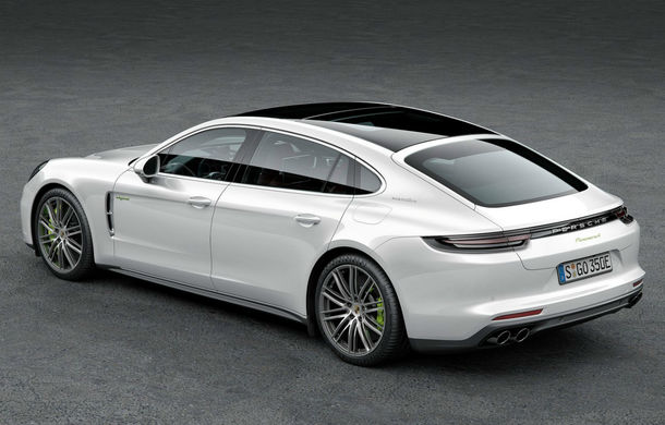 Cinci lucruri pe care trebuie să le știi despre noul Porsche Panamera. Bonus: prețurile pe piața din România - Poza 2