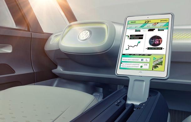 Celebrul VW Bus renaște în versiune electrică și autonomă: I.D. Buzz Concept are 600 de kilometri autonomie și 6 locuri pentru pasageri - Poza 2