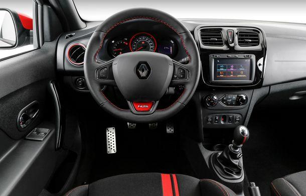 Te așteptăm pe la noi! Renault a lansat în Brazilia noul Sandero RS 2.0 Racing Spirit, o ediție limitată care oferă 150 CP - Poza 2