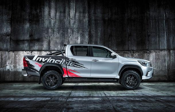 Toyota Hilux Invincible 50: ediție aniversară pentru pick-upul nipon - Poza 2