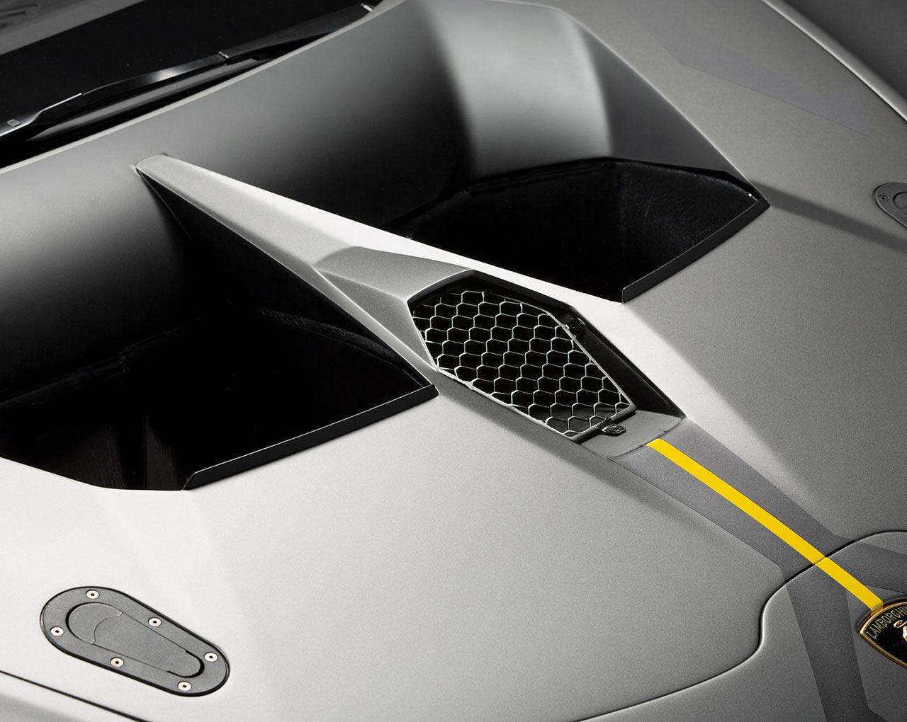 Dedicat Motorsportului Lamborghini A Lansat Noul Huracan