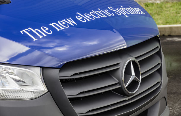 Noua generație Mercedes-Benz Sprinter: nemții introduc o variantă cu tracțiune față și tehnologii de ultimă de generație - Poza 2