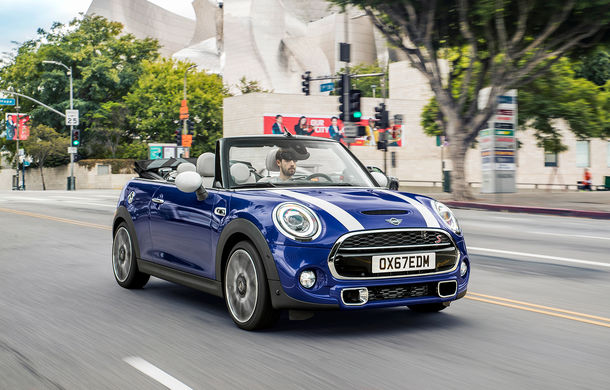 Mini Hatch și Mini Cabriolet facelift au prețuri pentru România: modelul britanic pleacă de la 19.200 de euro cu TVA - Poza 2