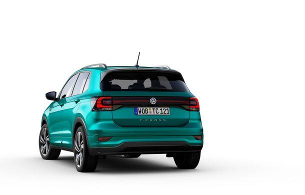 Volkswagen scoate în evidență atuurile lui T-Cross cu ajutorul unui teaser video: portbagaj de până la 455 de litri și sisteme de siguranță moderne - Poza 5