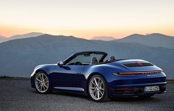 Porsche 911 Cabrio, imagini și informații oficiale: motor de 450 CP și 12 secunde pentru plierea plafonului din material textil - Poza 2