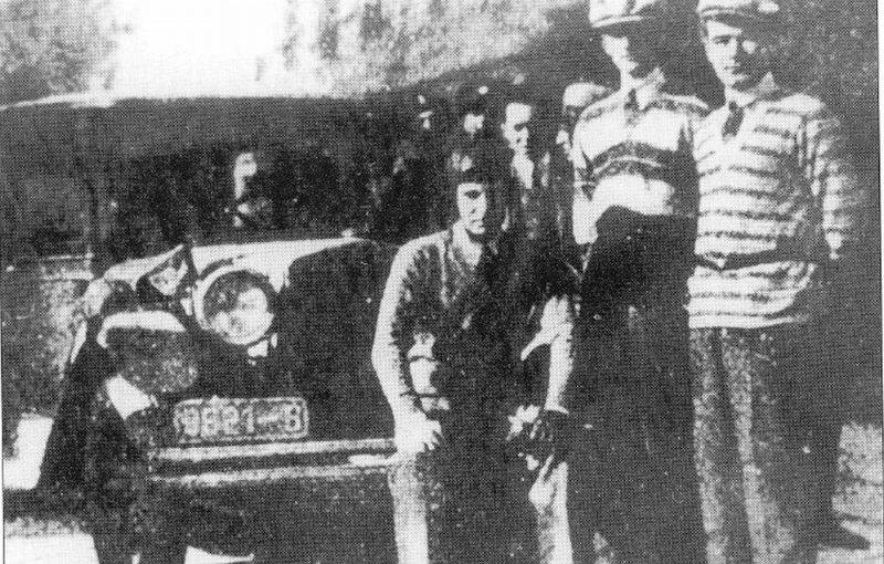 Ernest Urdăreanu și Fiatul 520 cu care s-a impus în cursa de la Sanremo.