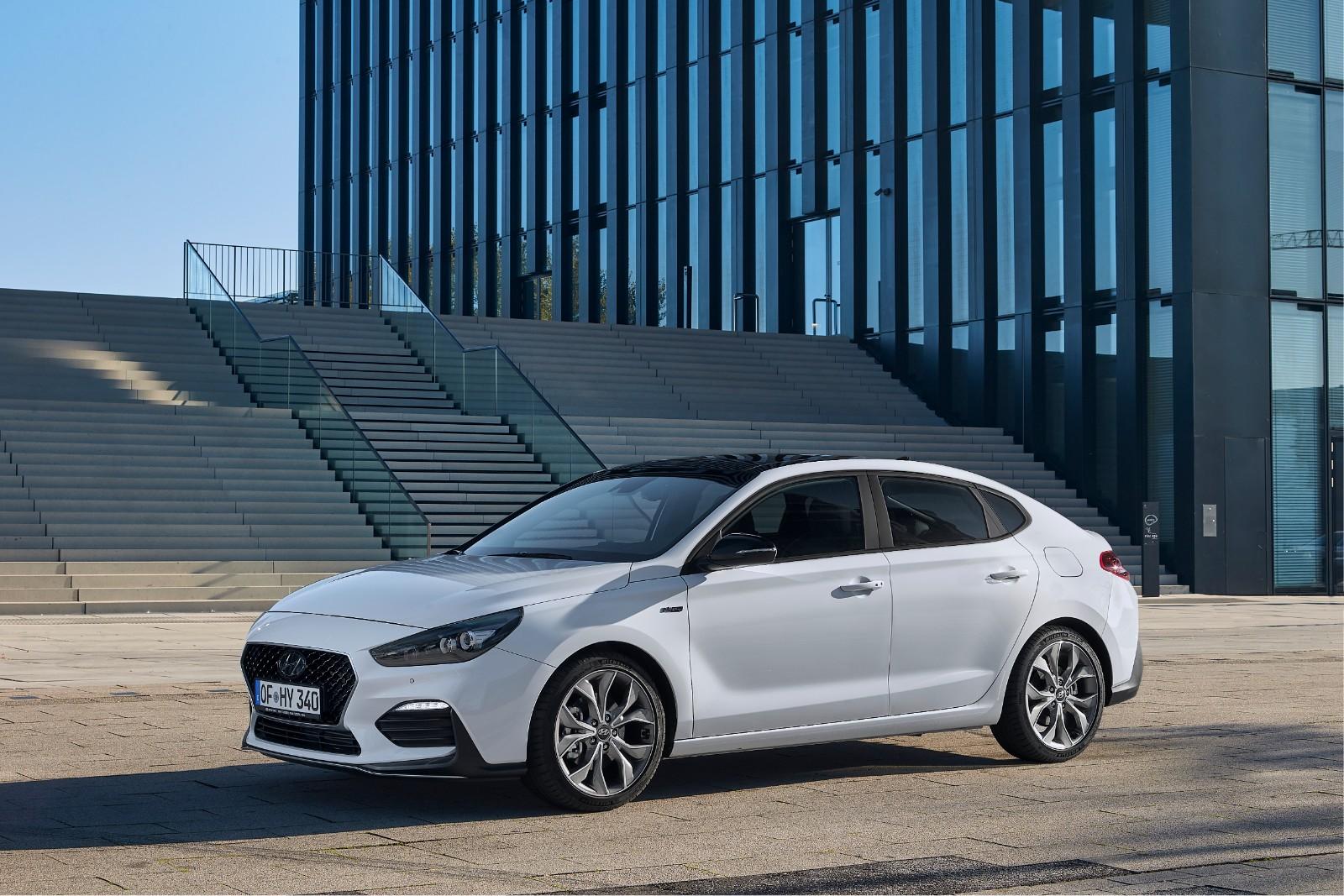 2017 - [Hyundai] i30 Fastback - Page 3 769374l