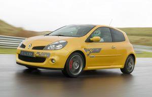 Clio 3 usi F1 Team R27