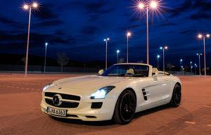 SLS AMG Roadster (2011)