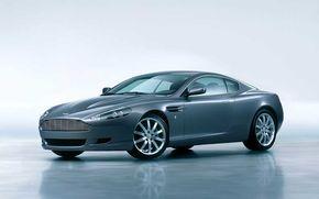 Aston Martin DB9, masina de vis in UK