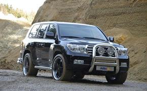 Toyota Land Cruiser, slefuita de tunerii germani