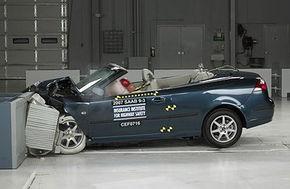 Cadavre umane folosite in crash-teste auto