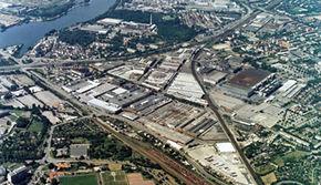 100 de ani de la prima fabrica Mercedes
