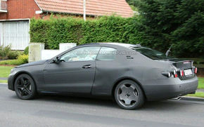 Viitorul Mercedes CLK spionat