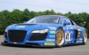 Un Audi R8 de curse la Nurburgring 24h