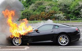 Ferrari recidiveaza: 599 GTB Fiorano in flacari