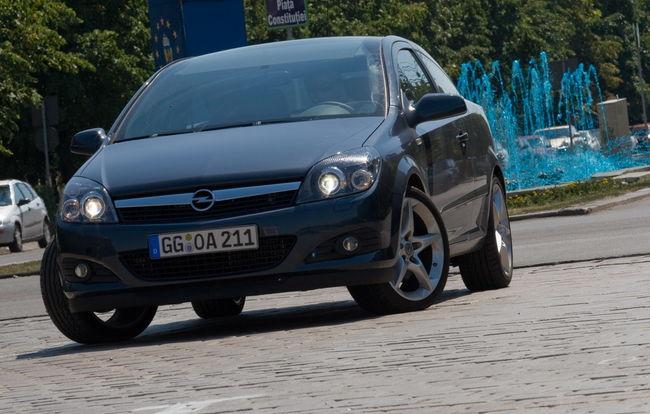 Test drive Opel Astra GTC (2007-2010)