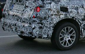 Fotospion: Viitorul BMW X3 surprins alaturi de actuala generatie