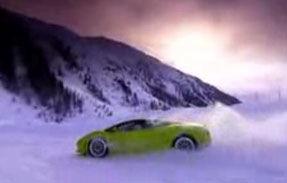 VIDEO: Test pe zapada cu Lamborghini LP560-4