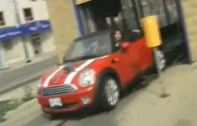 VIDEO: Reclama amuzanta la MINI Cabrio