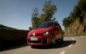 VIDEO: Volkswagen Golf 6 GTI alearga pentru public