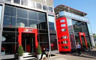 Ferrari inaugureaza un nou motorhome la Barcelona