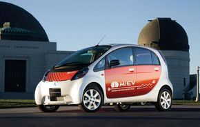 iMiEV intra in productie si Mitsubishi in istorie