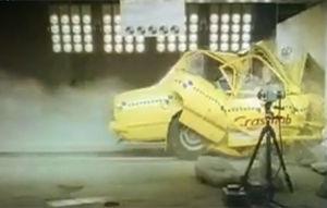 VIDEO: Crash-test teribil cu Holden Commodore 1978