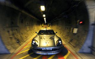 GALERIE FOTO: John Surtees trece Canalul Manecii intr-o masina