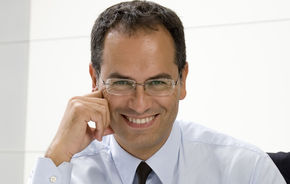 Flavio Manzoni este noul designer Ferrari