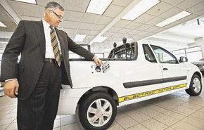 Logan Pick-up a ajuns in SUA si se vinde in varianta electrica!