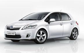 Toyota a prezentat primele imagini ale lui Auris Hybrid in versiunea de productie