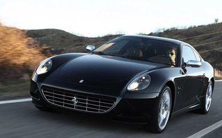 Ferrari ar putea produce un coupe cu patru uşi