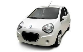 Geely vrea să vândă automobile pe internet în China