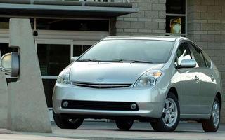 Toyota face un recall de 650.000 de unităţi Prius