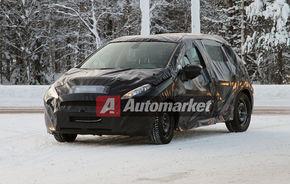 FOTO EXCLUSIV* : Peugeot testează viitorul 208