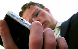 STUDIU: 83% dintre bărbaţi nu ascultă de indicaţiile GPS-ului
