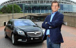 """Fabio Capello """"joacă"""" alături de Insignia Sports Tourer"""