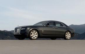 Rolls Royce recheamă în service 1900 de exemplare Ghost