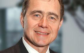 Schimbare de top la GM Europe: şeful Opel preia compania de la Nick Reilly