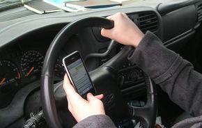 SUA: Comisia de siguranţă în transporturi doreşte interzicerea telefoanelor în vehicule