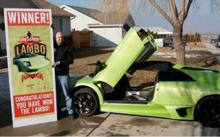 Un camionagiu a câştigat un Lamborghini şi l-a distrus în şase ore