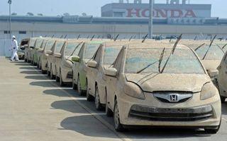 VIDEO: Honda distruge 1055 de maşini afectate de inundaţii