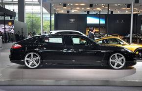 RUF dă naştere primului Porsche Panamera cu ampatament mărit
