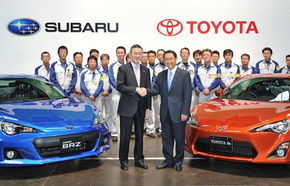 Fraţii Toyota GT86 şi Subaru BRZ au debutat azi pe linia de producţie