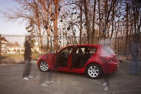 AM TESTAT: BMW Aupeo - aplicaţia care îţi transformă maşina într-un radio